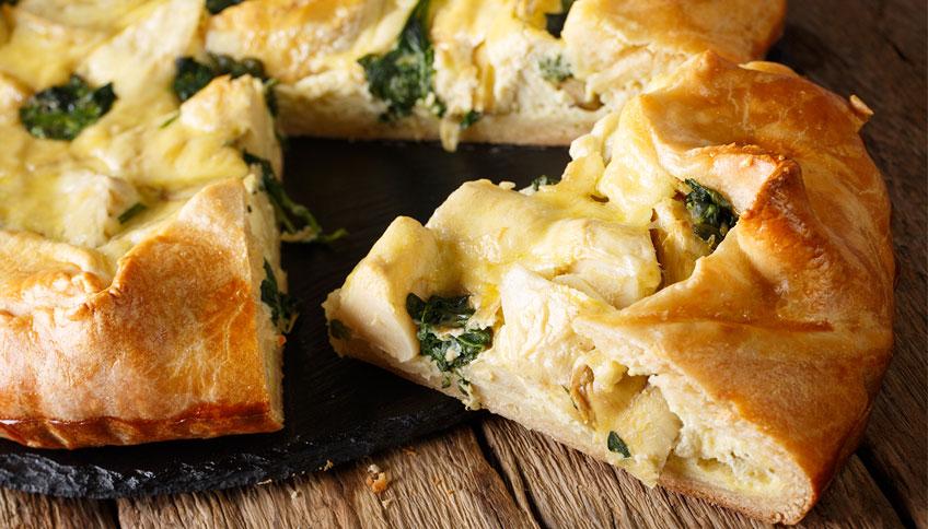 Torta salata con formaggi ideale per picnic
